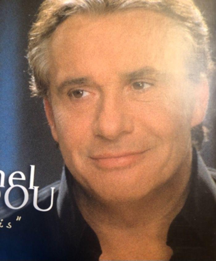 Michel Sardou arrêté pour trafic de dentiers clignotants