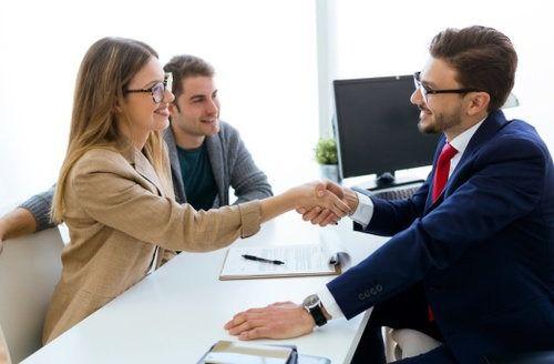Ofertă rapidă și onestă de împrumut de afaceri